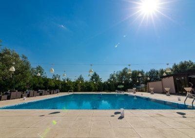 salon-crystal-water-belvedere-on-lake-clinceni-salon-botez-1