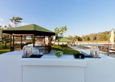 salon-crystal-water-belvedere-on-lake-nunta-de-vis-1