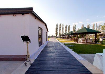 salon-crystal-water-belvedere-on-lake-nunta-de-vis-3