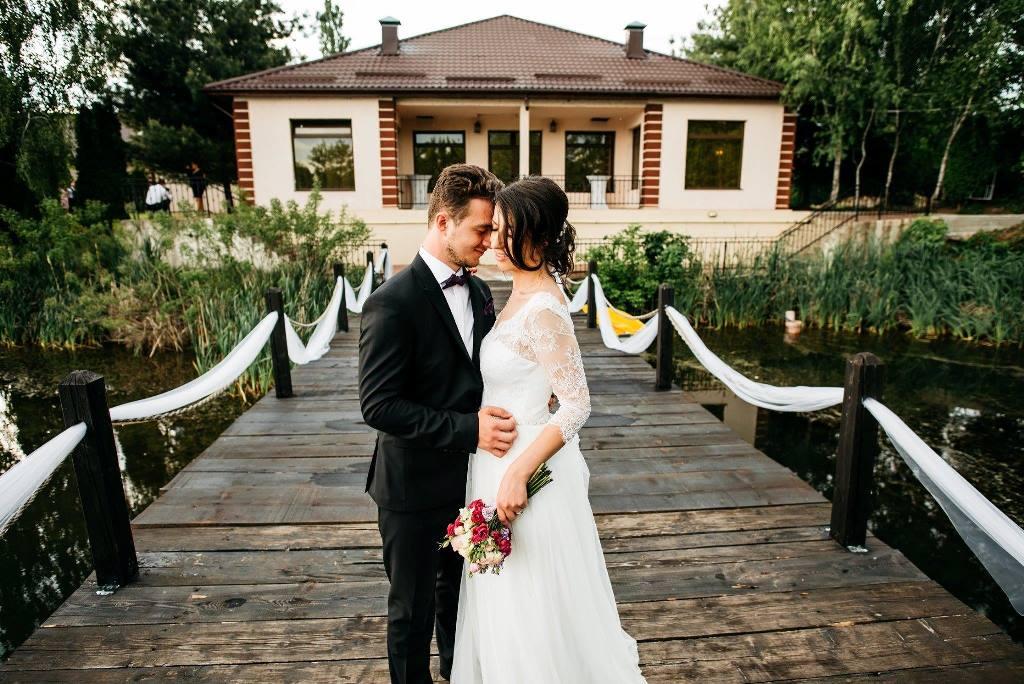 nunta pe malul lacului langa Bucuresti