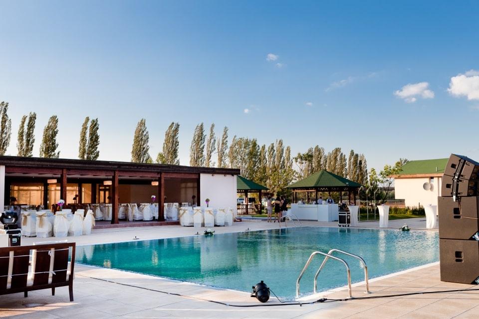 restaurant de nunta cu piscina